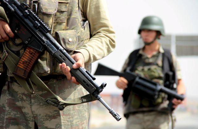 Πέντε στρατιώτες νεκροί, οκτώ τραυματίες στην νοτιοανατολική Τουρκία | tovima.gr