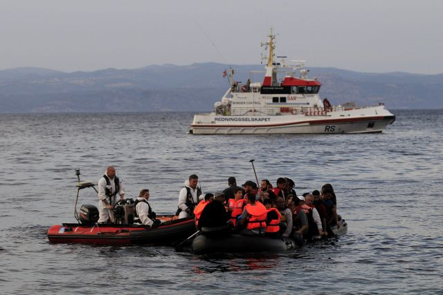 EU Summit approves action plan to tackle refugee crisis | tovima.gr