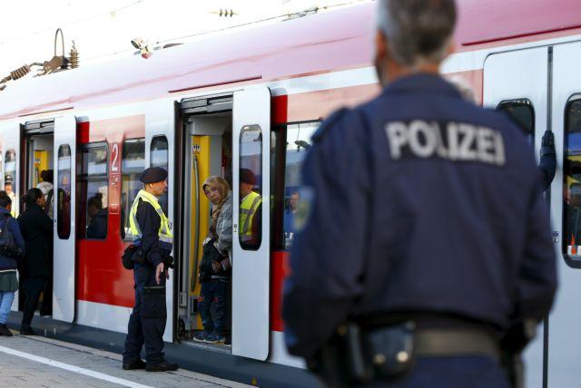 Bαυαρία: Απειλεί την Αυστρία με έκτακτα μέτρα για τη ροή προσφύγων | tovima.gr