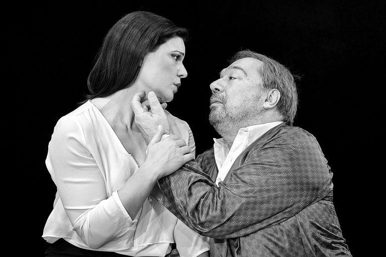 «Ο πατέρας» και η κόρη του…   tovima.gr