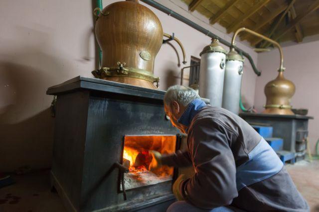 Καζάνι που βράζει το χύμα τσίπουρο – πληγή η λαθραία παραγωγή-διακίνηση | tovima.gr