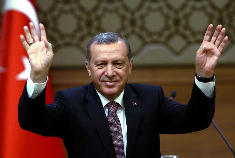 Συνάντηση Ερντογάν – Γιούνκερ τη Δευτέρα για το προσφυγικό | tovima.gr