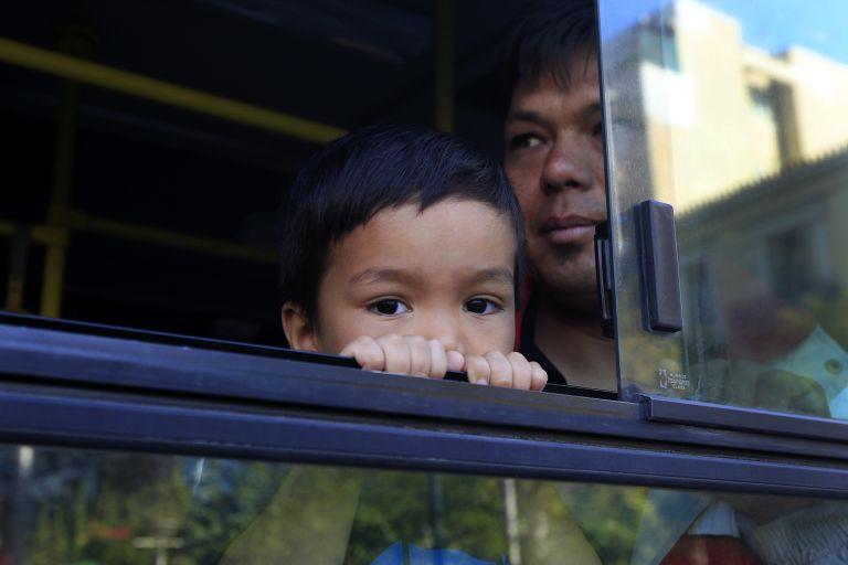 Είδη πρώτης ανάγκης για πρόσφυγες συγκεντρώνει ο δήμος Κορυδαλλού | tovima.gr
