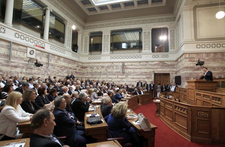 Κοινοβουλευτική Ομάδα ΣΥΡΙΖΑ: Η αγωνία των βουλευτών πριν την «μνημονιακή πρεμιέρα» | tovima.gr