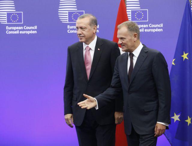 Ο Ερντογάν ζητά περισσότερες δράσεις από την ΕΕ για το προσφυγικό | tovima.gr