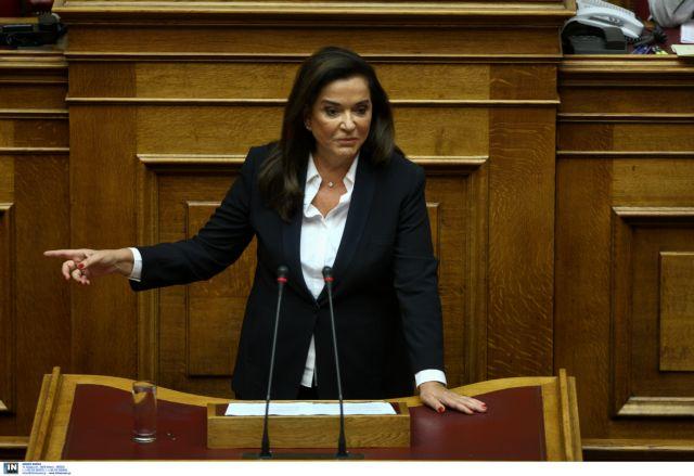 Μπακογιάννη κατά Κοτζιά από το βήμα της Βουλής | tovima.gr
