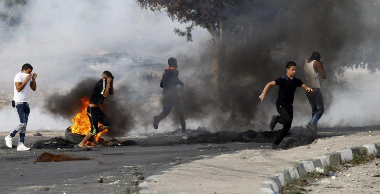 Δυτική Οχθη: Πυρπολήθηκε εβραϊκό προσκύνημα στη Ναμπλούς | tovima.gr
