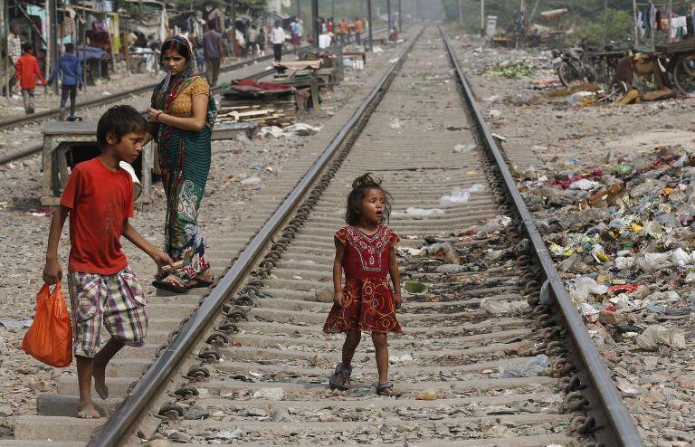 Ινδία: Ιδιοκτήτες καταφυγίου κακοποιούσαν και εξέδιδαν παιδιά | tovima.gr