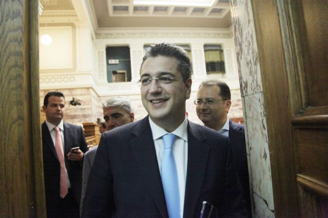 Επίθεση Τζιτζικώστα εναντίον Μεϊμαράκη | tovima.gr