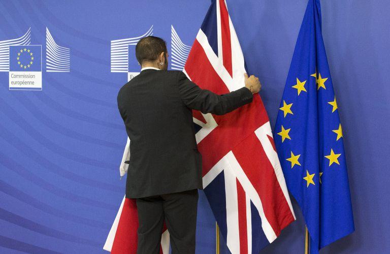 Γιούνκερ σε Bρετανούς: Θα είστε καλύτερα αν παραμείνετε εντός ΕΕ   tovima.gr
