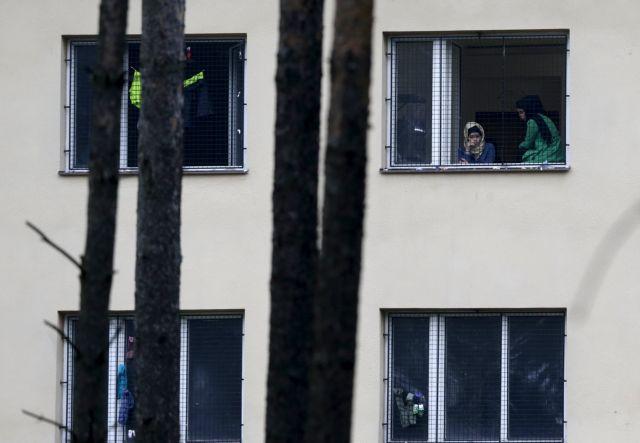 ΟΗΕ: Η Τσεχία παραβιάζει τα ανθρώπινα δικαιώματα των προσφύγων | tovima.gr