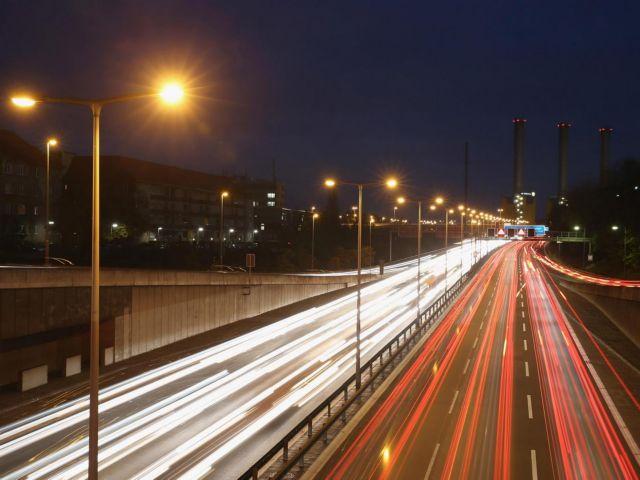 Οι Γερμανοί θέλουν όριο ταχύτητας 150 χλμ την ώρα στις άουτομπαν | tovima.gr
