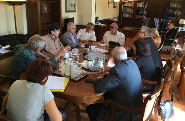 Η διαχείριση απορριμμάτων στη συνάντηση Κουρουμπλή-βουλευτών Ηλείας | tovima.gr