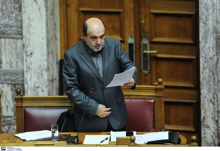 Ψηφίστηκε με ευρεία πλειοψηφία το νομοσχέδιο για τον ΟΔΙΕ | tovima.gr