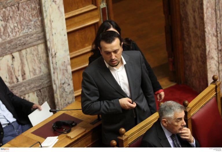 Ψηφίζεται στην Ολομέλεια το νομοσχέδιο για τα ΜΜΕ (live) | tovima.gr