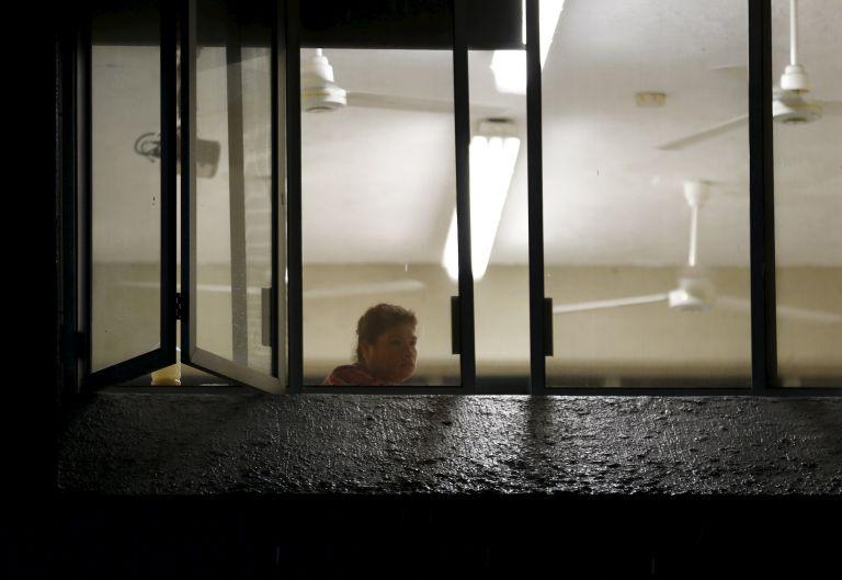 Ο κυκλώνας «τέρας» έφτασε αποδυναμωμένος στο Μεξικό | tovima.gr