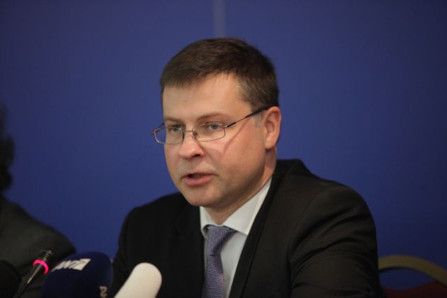 Stournaras and Dombrovskis agree on recapitalization by the of end of 2015 | tovima.gr