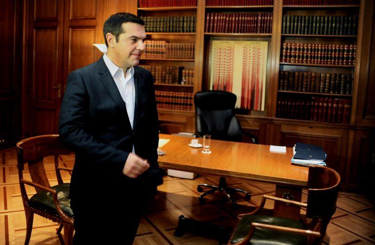 Αστυνομικός της φρουράς του Πρωθυπουργού νεκρός σε τροχαίο | tovima.gr