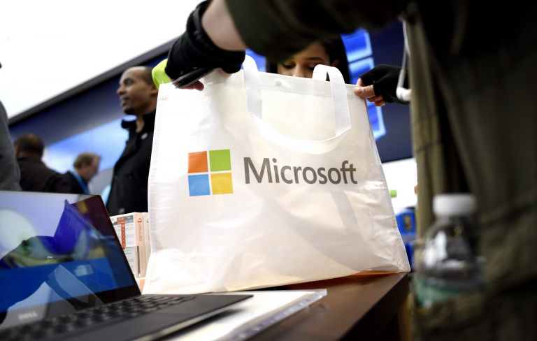 Microsoft: Δεν ματαιώνει την επένδυσή της στην Ελλάδα | tovima.gr