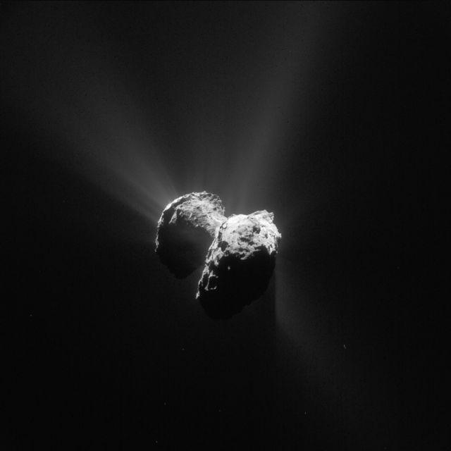 Βασικό συστατικό της ζωής ανιχνεύεται σε «τεχνητό κομήτη» | tovima.gr