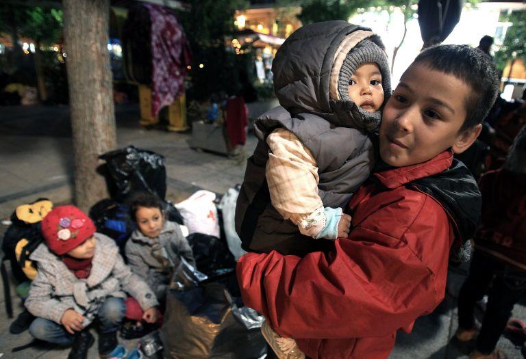 SOS για τα νησιά και τους πρόσφυγες | tovima.gr