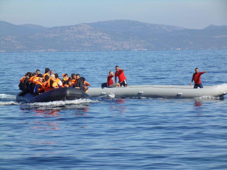 Τρεις διακινητές μεταναστών απέδρασαν από το ΑΤ Μεγίστης   tovima.gr