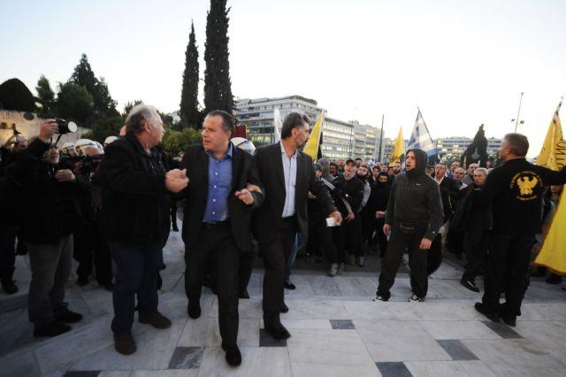 Το «κίνημα της πλατείας» τρομάζει την κυβέρνηση   tovima.gr