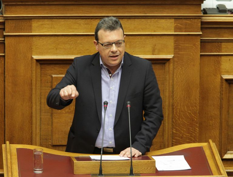 Φάμελλος: Δεν θα υπάρξουν οριζόντιες ή μεγάλες μειώσεις στις συντάξεις | tovima.gr