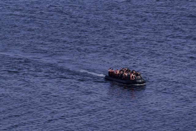 Coast Guard: Boat with refugees capsizes off the coast of Kos | tovima.gr