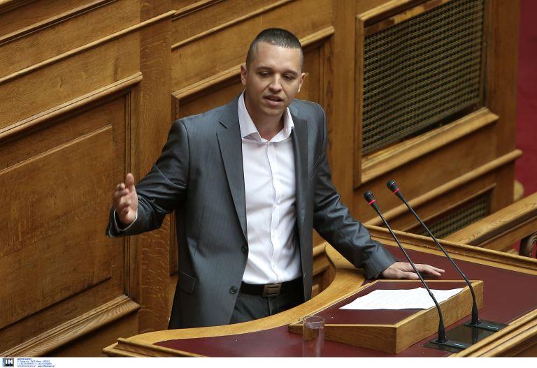 Νέο επεισόδιο στη Βουλή με πρωταγωνιστή τον Ηλ.Κασιδιάρη | tovima.gr