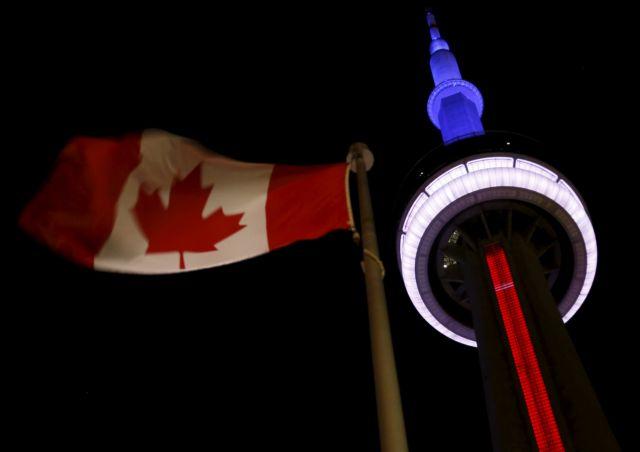 Πόλεις σε όλο τον πλανήτη εκφράζουν την αλληλεγγύη τους στη Γαλλία | tovima.gr