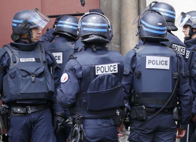 Οι γάλλοι αστυνομικοί θα οπλοφορούν και εκτός υπηρεσίας   tovima.gr