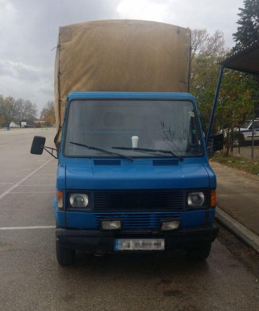 Μετέφεραν με φορτηγό 33 πρόσφυγες μέσω Έβρου | tovima.gr