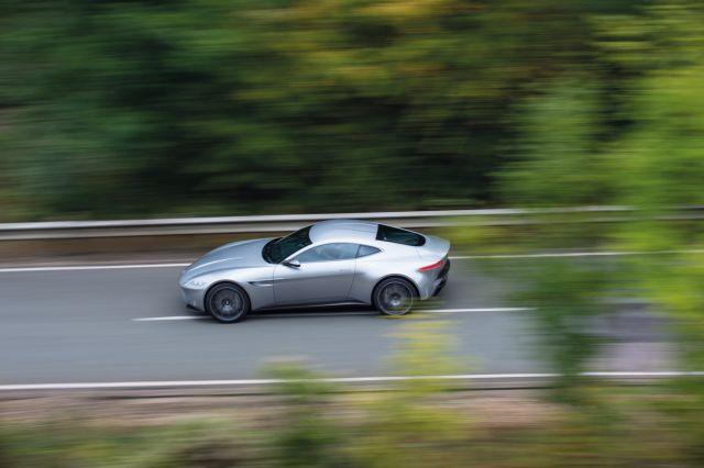 Aston Martin DB10: Σε ειδική αποστολή   tovima.gr