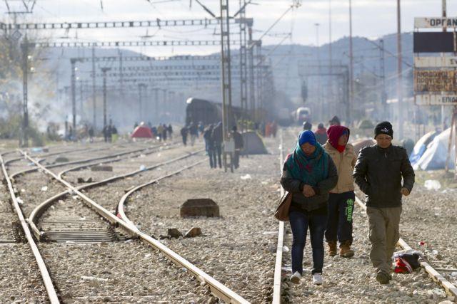 «SOS» στις μεταφορές λόγω αποκλεισμού της σιδηροδρομικής γραμμής με Σκόπια   tovima.gr