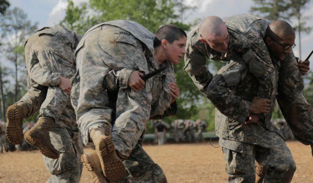 Οι ΗΠΑ ανοίγουν στις γυναίκες την πρώτη γραμμή της μάχης | tovima.gr