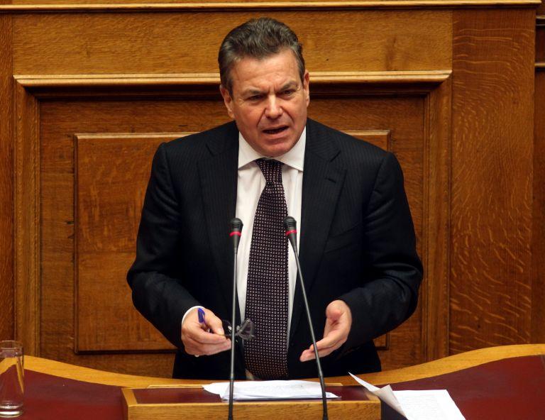 Υφυπουργός Εργασίας: στο 60% του εισοδήματος η εθνική σύνταξη   tovima.gr