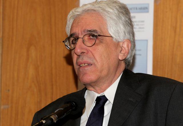 Ν.Παρασκευόπουλος: Θα ρυθμίσουμε και το θέμα των υιοθεσιών από ομόφυλα ζευγάρια | tovima.gr