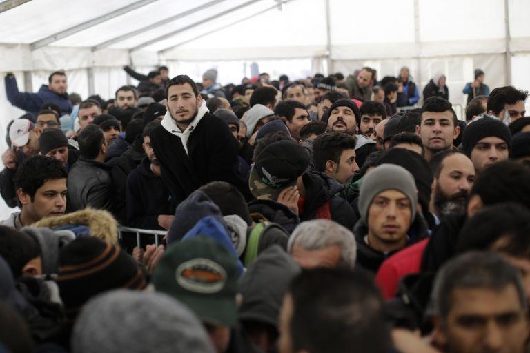 Πάνω από 1.000.000 πρόσφυγες έφτασαν φέτος στη Γερμανία   tovima.gr