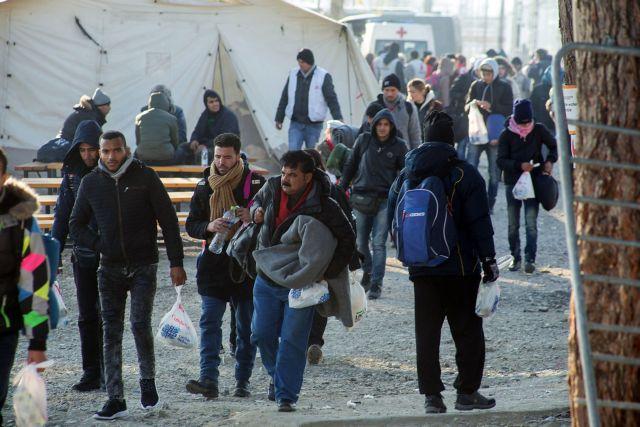 Χίος: SOS από τη Frontex για αμίαντο σε κέντρο καταγραφής προσφύγων | tovima.gr