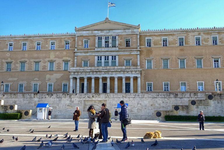 Απογοητευμένοι οι Ελληνες από το πολιτικό σύστημα | tovima.gr