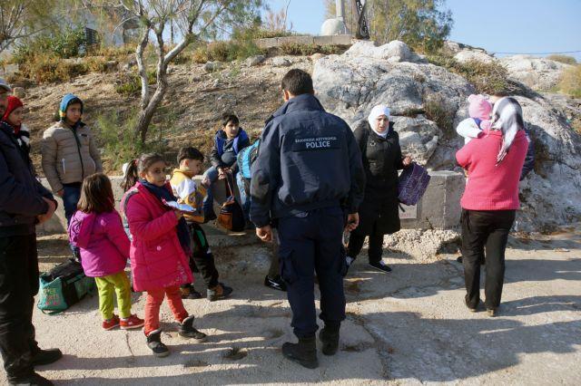 Από μηνιγγίτιδα ο θάνατος παιδιού στο Κέντρο Προσφύγων Μυτιλήνης   tovima.gr