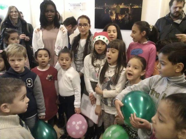 Χριστουγεννιάτικη γιορτή για 300 παιδιά | tovima.gr