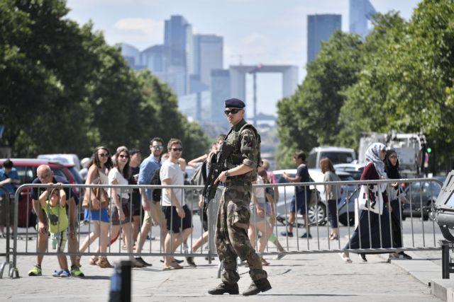 Γιγάντια επιχείρηση ασφαλείας στο Παρίσι για τον τελικό του Euro   tovima.gr