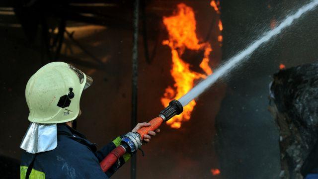 Σύμη: Εκτεταμένες ζημιές από πυρκαγιά σε τελωνείο και duty free | tovima.gr