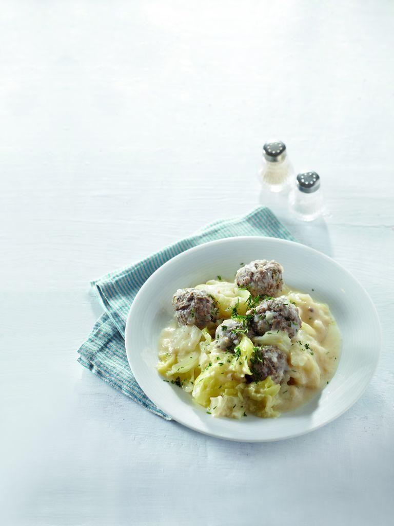 Γιουβαρλάκια με λάχανο | tovima.gr