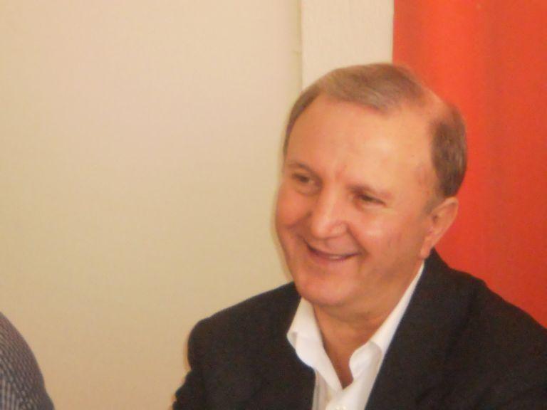 Σ.Παπαδόπουλος: «Συνέπειες της υπερχρέωσης είναι οι αποκρατικοποιήσεις»   tovima.gr