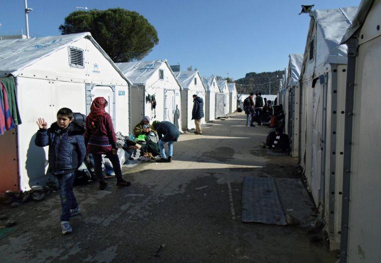 Έκτακτη βοήθεια €9,3 εκατ. για την υποστήριξη προσφύγων στην Ελλάδα | tovima.gr