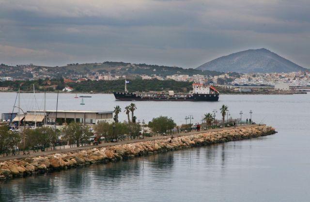 Με ταχείς ρυθμούς προχωρεί η υποθαλάσσια ζεύξη Περάματος – Σαλαμίνας | tovima.gr