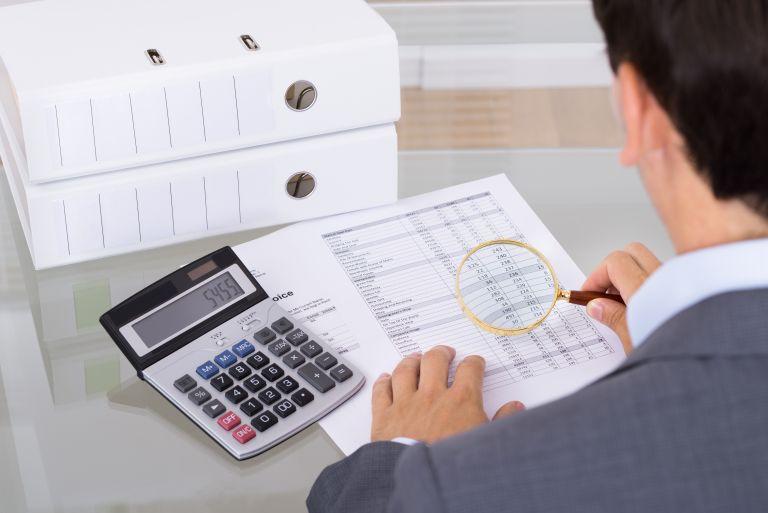 Στο «στόχαστρο« οι λογαριασμοί 2.027 φορολογούμενων | tovima.gr